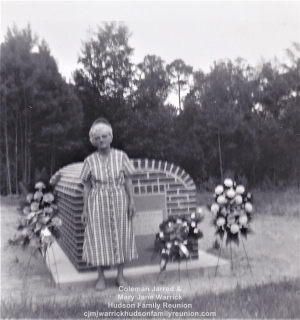 Ma Mamie at Grave of Pa George